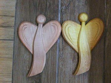 Anděl dvoukřídlý k pověšení - 20 cm - 1