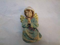Anděl klečící - 11 cm