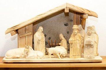 Betlém vyřezávaný s kamením - 1