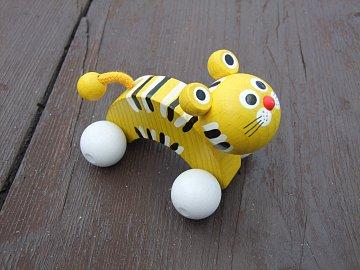 Dřevěná hračka - Tygr na kolečkách - 1