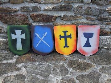Dřevěný štít pro děti střední - s velkým křížem - 2