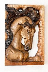 Hlava koně - dřevěná plastika 36x54 - 1