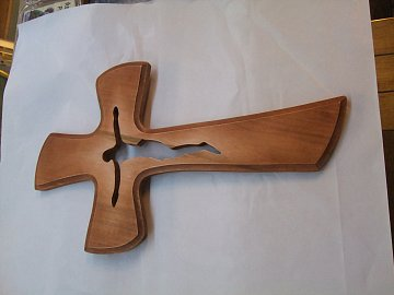 Kříž s vyříznutým Ježíšem - 41 cm - 1