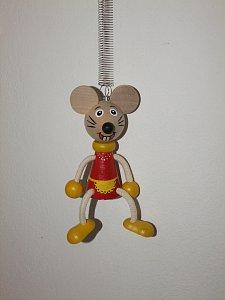 Myška na pružině - 1