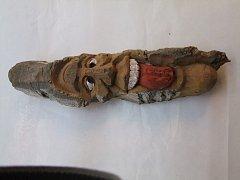 Obličej ve dřevě - 38 cm