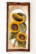 Tři slunečnice - dřevěná plastika