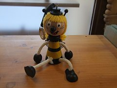 Včelky Vilík+Mája na pružině