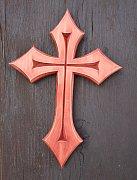 Vyřezávaný kříž do špiček 21 cm