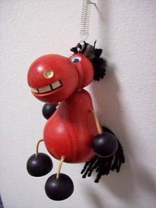 Závěsná hračka - Kůň červený - 1