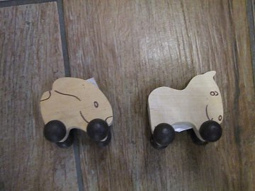 Zvířátko Zdík. na kolečkách - 5 cm - 1